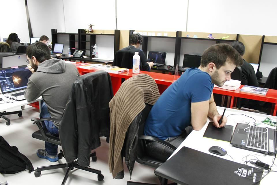 Equipo Mechanical Boss en las oficinas de la aceleradora La Terminal